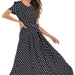 Women's Sleeveless Scoop Neck Maxi Dress